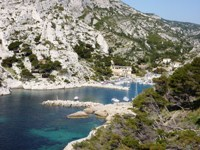 mediterranean sea calanques independent walking tours in France